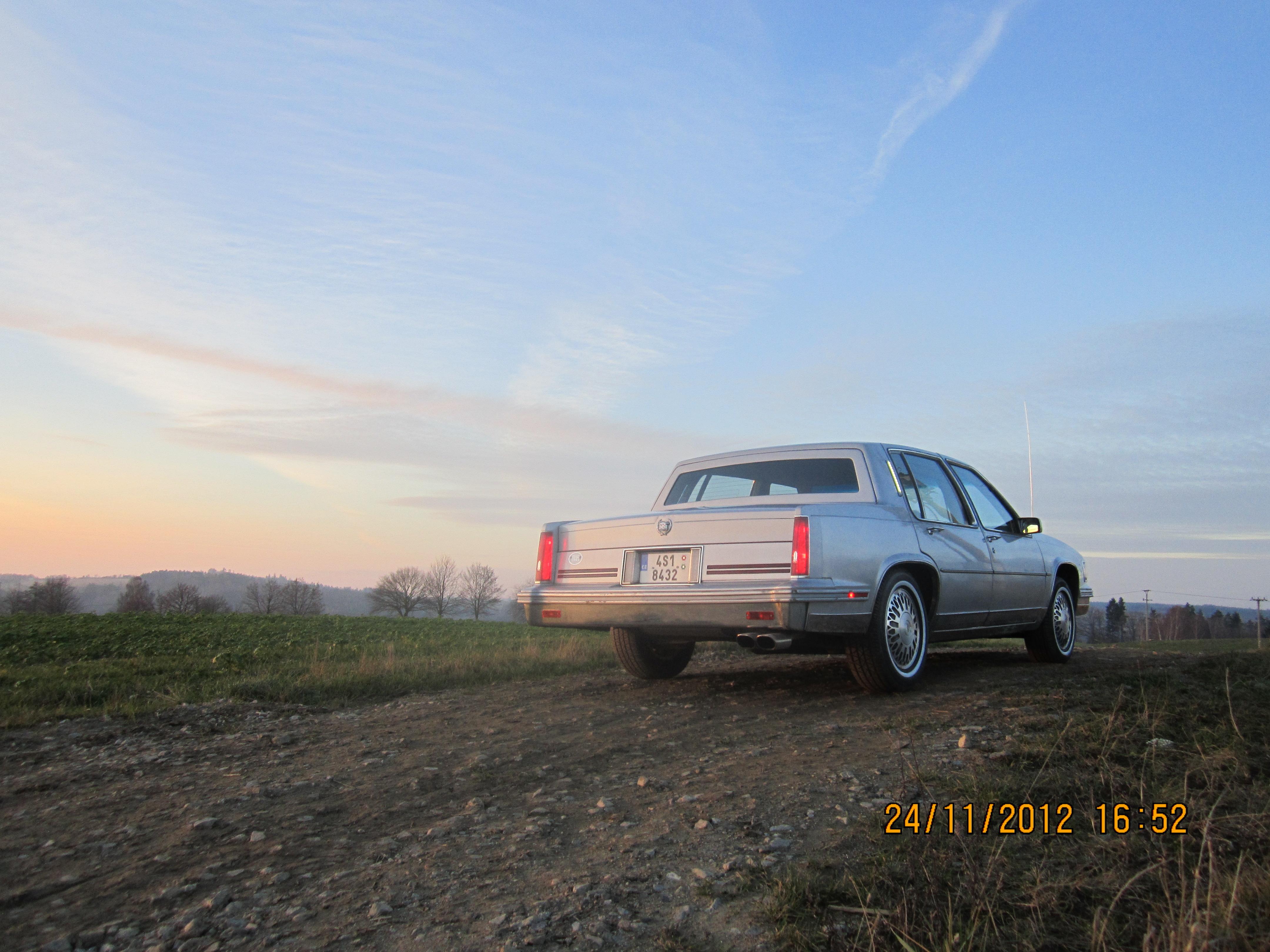 1987 Cadillac DeVille Fleetwood D'Elegance