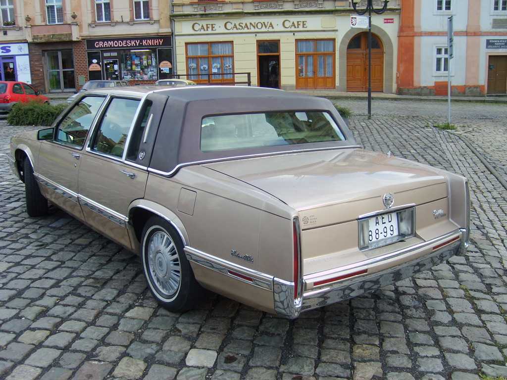 Deville on 1982 Cadillac Fleetwood Convertible