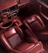 1985 Cadillac Cimarron - interiér